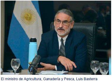 El ministro de Agricultura, Ganadería y Pesca, Luis Basterra