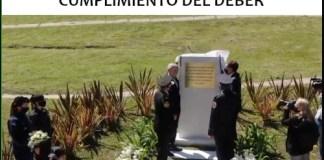 Homenaje a policías y bomberos caídos en servicio en el barrio de Palermo