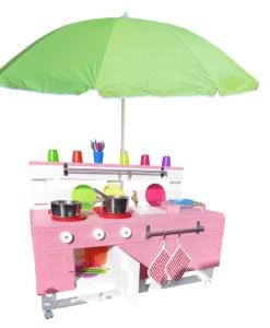 Kinderküche mit Sonnenschirm Vorschau