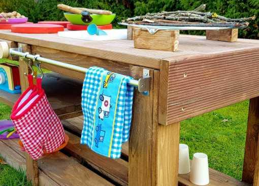 Kinderküche Matschküche aus Paletten Möbel (7)