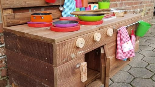 Matschküche Kinderküche LTKO aus Paletten Möbel Holz (1)