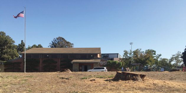 The Palisades Recreation Center on Alma Real was given a poor grade for lack of maintenance.