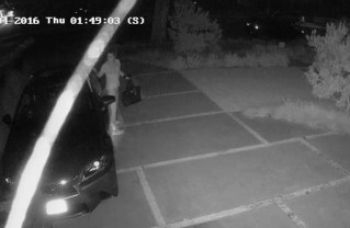 Brazen Palisades Car Burglar Caught on Camera on Via de la Paz