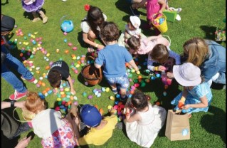 Pacific Palisades Easter egg hunt
