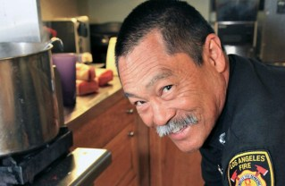 Chef Rob Scambia Cooks For LAFD Station 69 (Video)