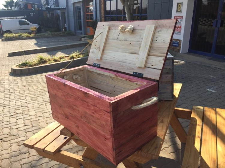 Pallet Wood Made Kids Toy Boxes Pallet Ideas