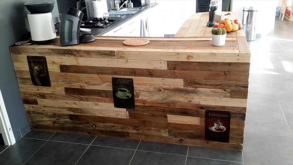 Pallet Kitchen Counter With Breakfast Table Amp Storage Pallets Pro