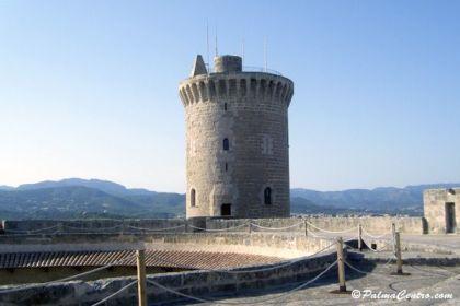castillo bellver2