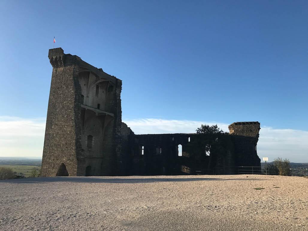 Châteauneuf-du-Pape Ruins