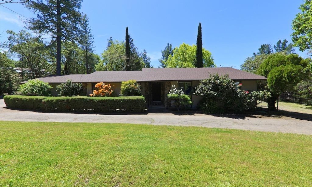 3551 Ridgewood Road Willits, California 95490