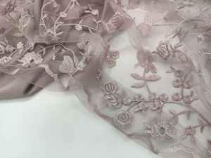 Ткань Сетка Гипюр Стрейч с бабочками и цветами в цвете Пыльная Роза
