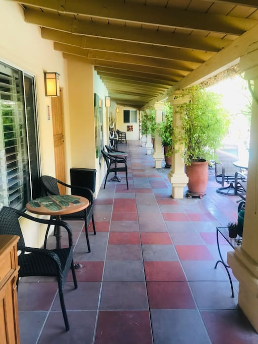 """cottage rentals thanksgiving 2020 Palm Springs"""