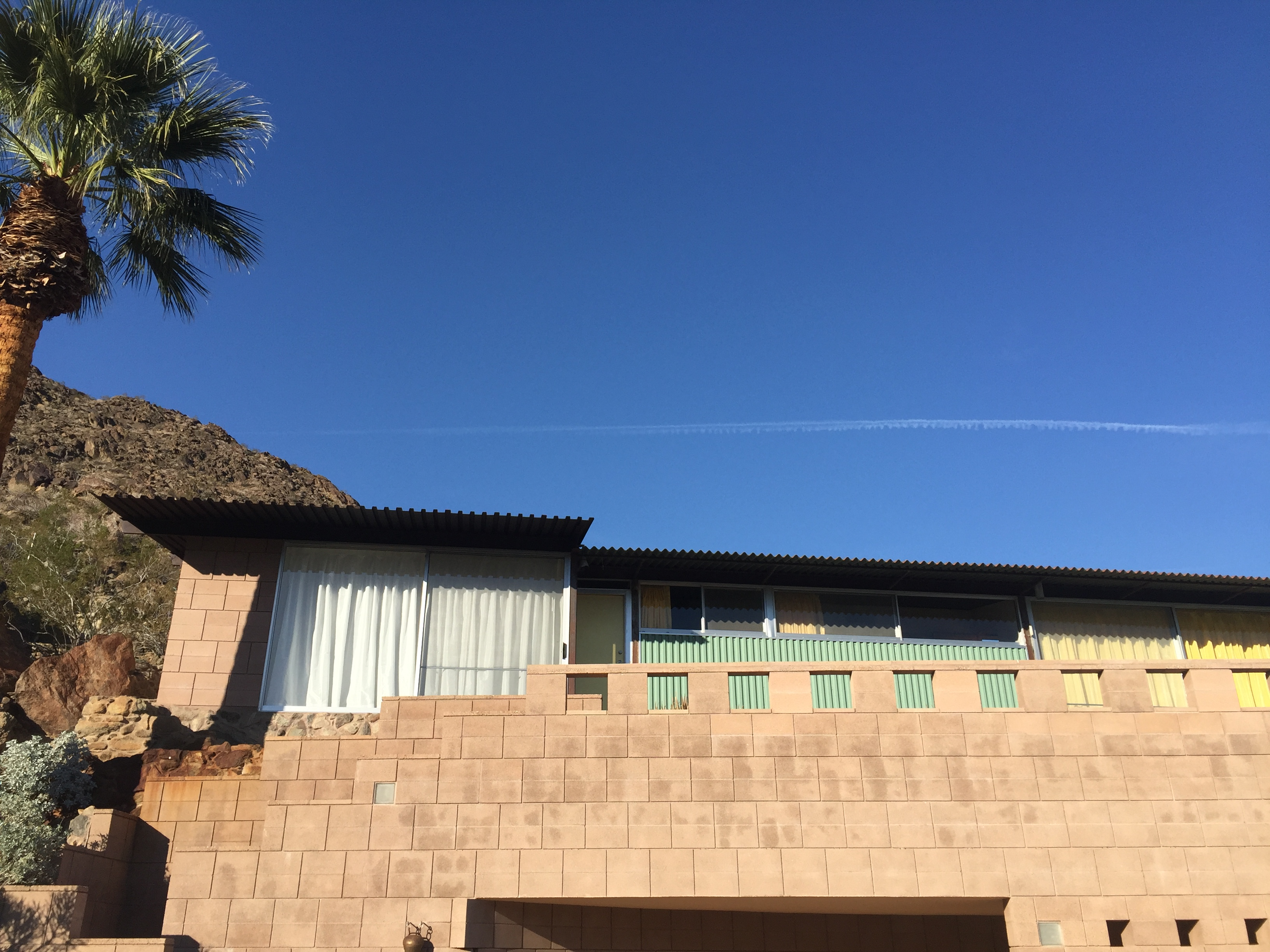 Video tour of Frey II House in Palm Springs