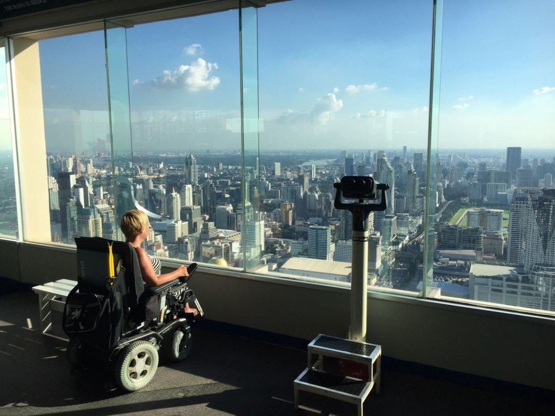 Pyörätuolilla Bangkokissa