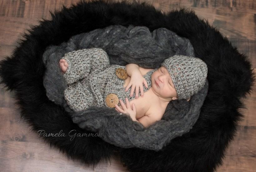 Lucasville Ohio Newborn Photographer