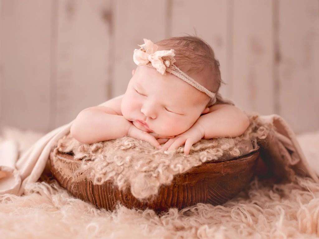 Lexington KY Newborn Photographer