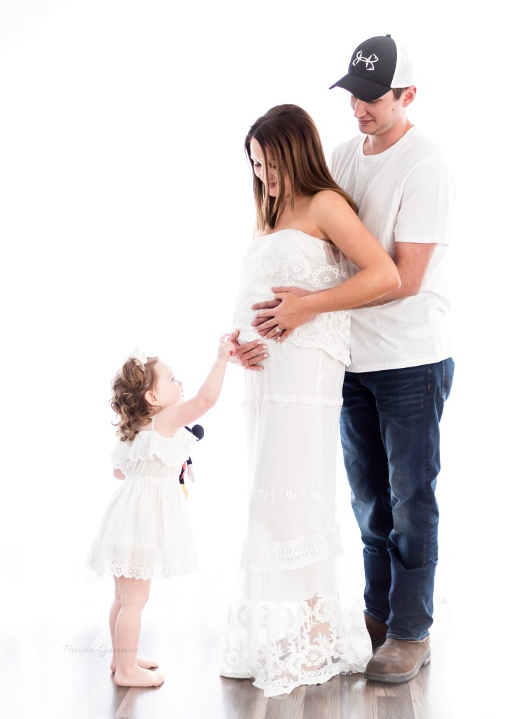 Maternity Photographer Eastern Kentucky