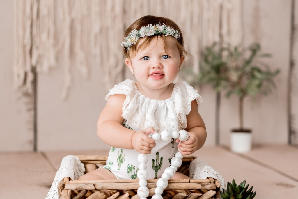 Greenup 9 month KY Baby Pictures