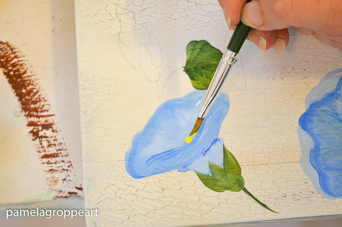 Center detail on painted morning glory, How to paint Morning Glories
