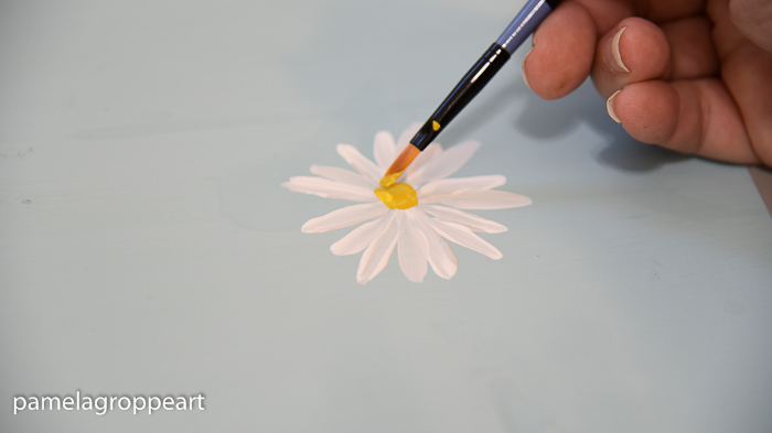 tap in the center of the daisy, How to Paint a Simple Daisy