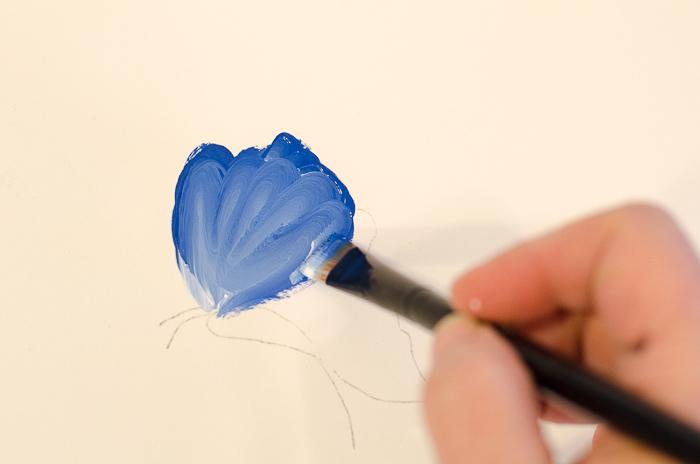 blue and white scallop stroke, pamelagroppe.com