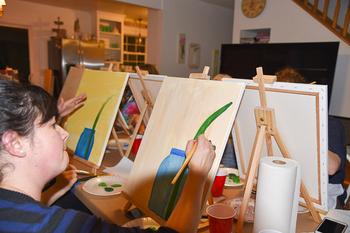 painting a jar with leaves, pamela groppe art paint party
