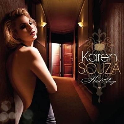Karen Souza 09