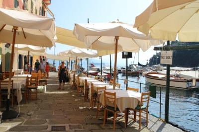 Cafes and restaurants on the seaside of Portifino