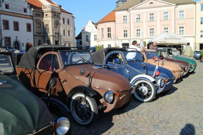 We visited another town on the way back to Prague. The bikes/cars were on show!