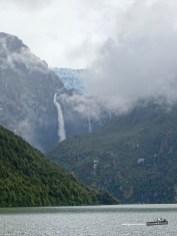 Der hängende Gletscher im Nationalpark Queulat