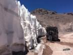 Die Büßerschneefelder am Paso Agua Negrasind höher als unser Auto