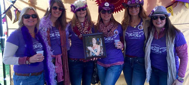 Team RoRo members showing their support for Robin at PurpleStride Atlanta.