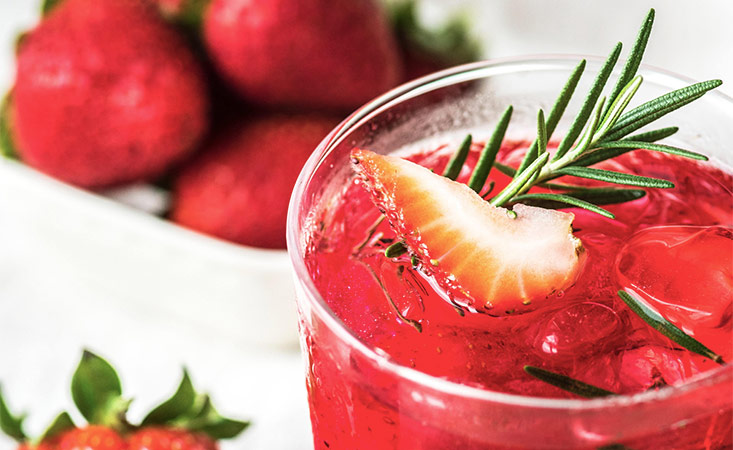 Healthy Summer Drink Recipes and Tips for Cancer Patients