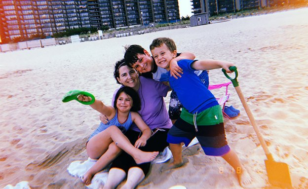 Pancreatic cancer survivor enjoys time with her three children