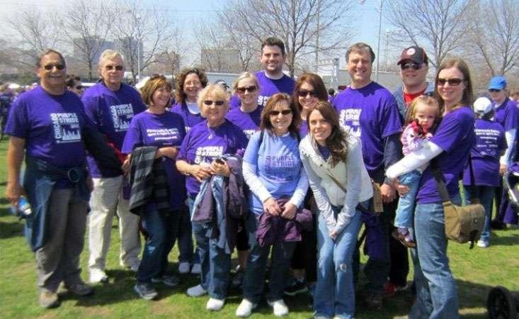 Family of 12-year pancreatic cancer survivor gather around her at 5K walk in Chicago