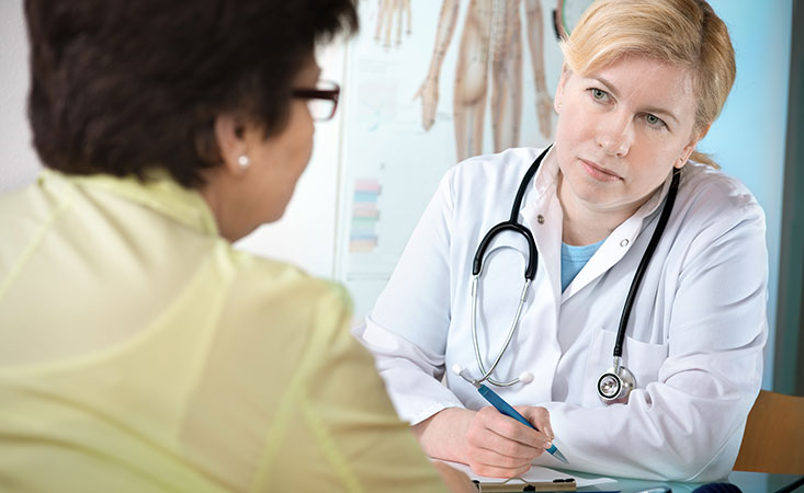 Patient asks her doctor questions about pancreatic cancer treatment