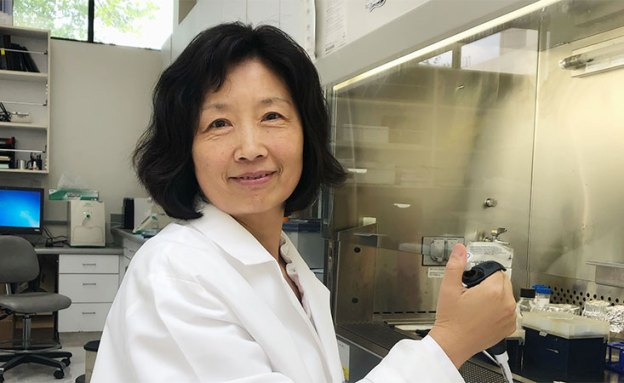 Researcher focuses on pancreatic cancer after her mother's diagnosis