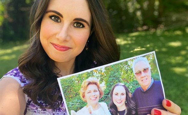 Daughter volunteers to help end pancreatic cancer so no other family has to suffer loss