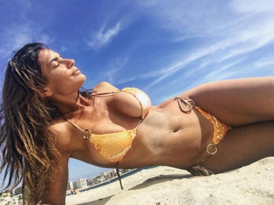 veronica-crespo-bikini-babe