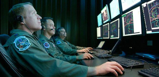 Warm war: la guerra tiepida ai tempi di internet