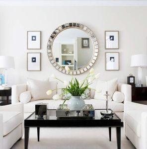 Ruang Keluarga Mewah Sentuhan Dekorasi Cermin Cantik