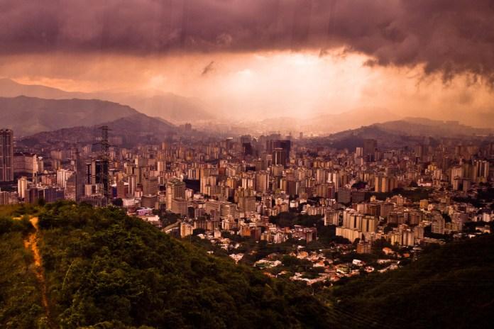 http://www.flickr.com/photos/da-pics/