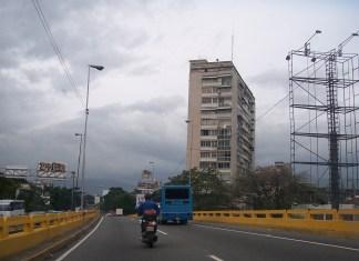 Vista de la ventana oeste (edificio Odeón, frente la plaza las Tres Gracias)