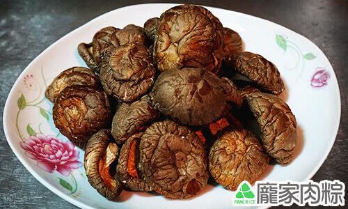 龐家肉粽包粽子的材料新社冬菇