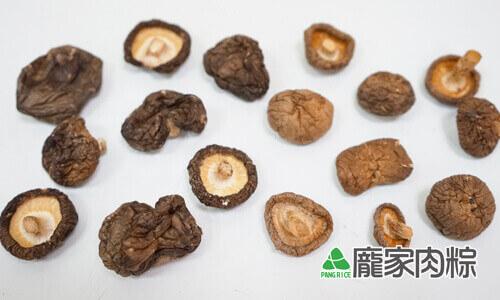 84-02烘乾的冬菇與夏菇