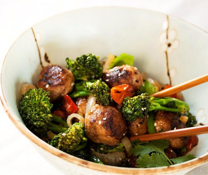Boulettes de bœuf aux oignons et aux légumes