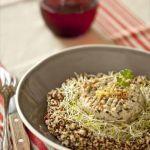 Salade légère de quinoa, maquereaux aux artichauts La Belle-Iloise et germes d'alfalfa