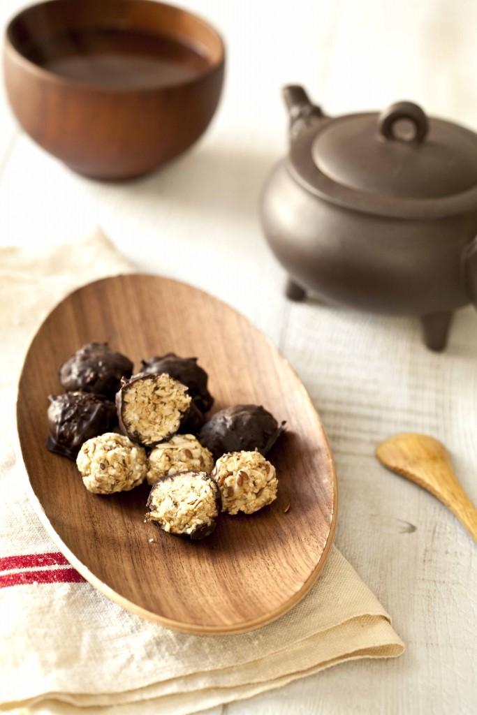 Boules-dénergie-au-chocolat-11-683x1024