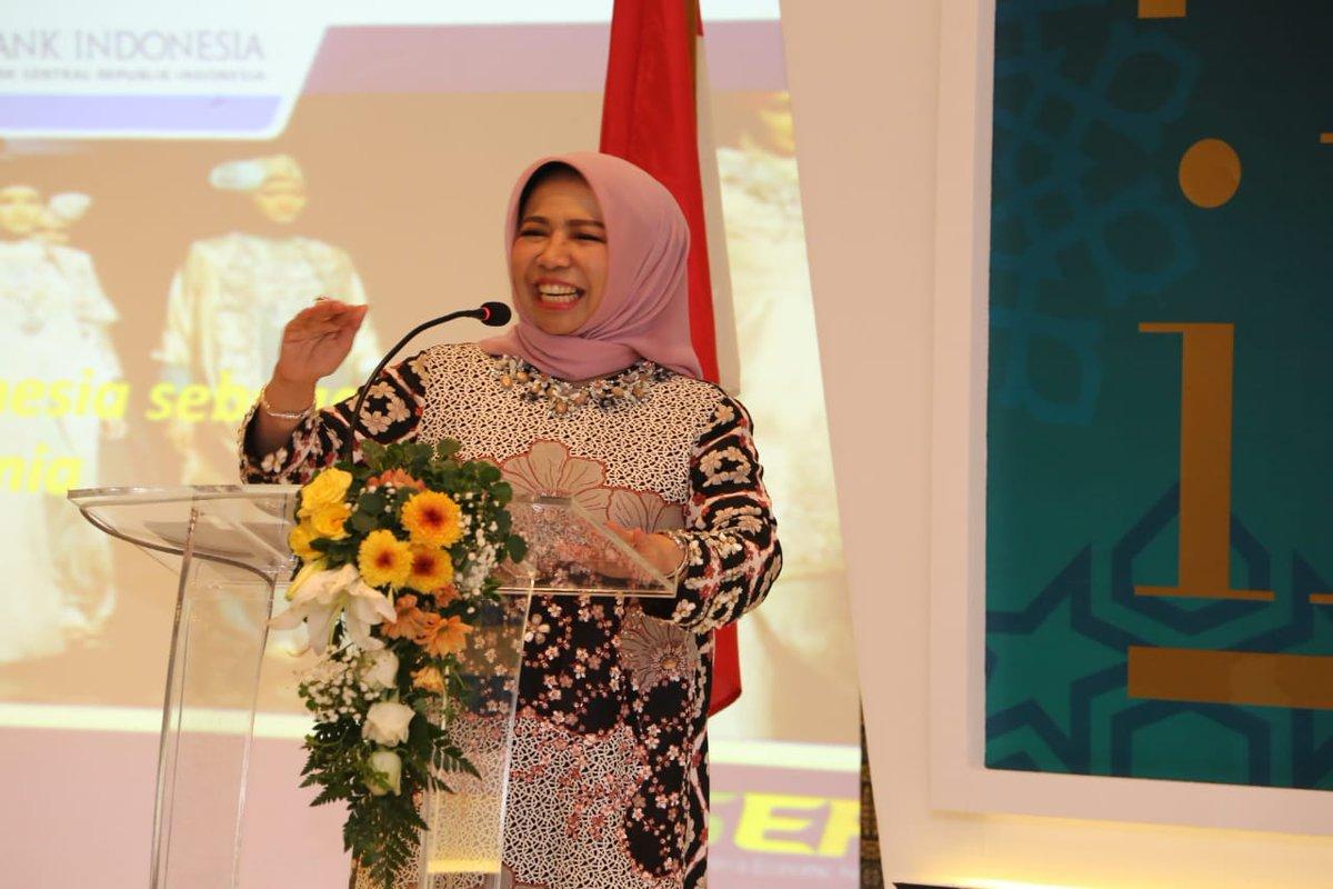 Deputi Gubernur BI Rosmaya Hadi