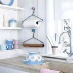 Använda galge till hushållspapper